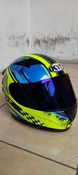Di jual helm KYT R10