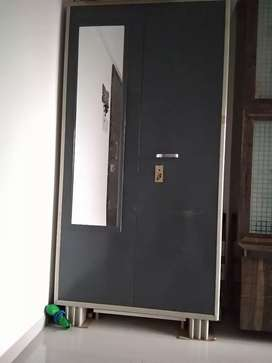 6ft/3.5ft almira (wardrobe) in very good condition