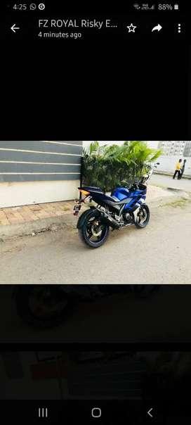Yamaha R 15 Blue Colour