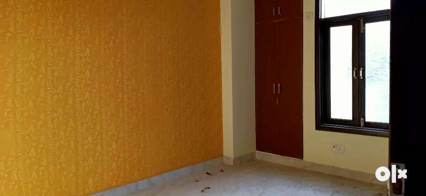 3 bhk flat for rent in chattarpur 0