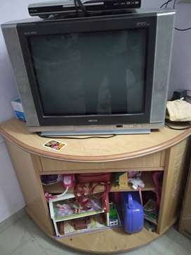 """Onida Colour TV 21"""" with Corner Trolley"""