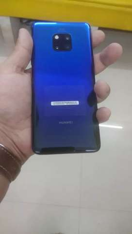 Huawei mate 20 Pro less used.. Fresh like box all acceries