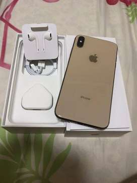 i phone XS max its 256 GB with bill box available