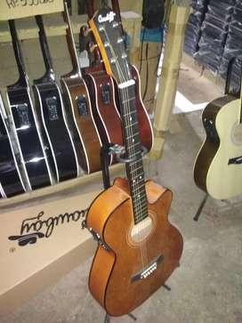Gitar ajib bew string new