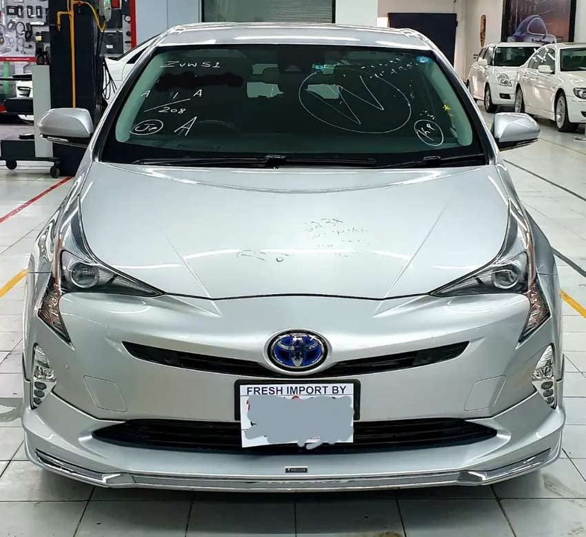 toyota prius 2016 model A premium pkg fully loaded! fresh import 2019! 0