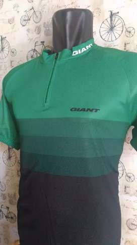 Baju jersey sepeda giant hijau