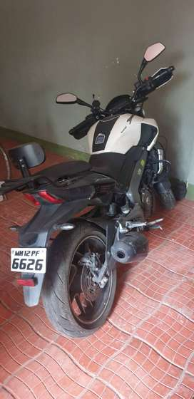 Baja Dominar 400cc .