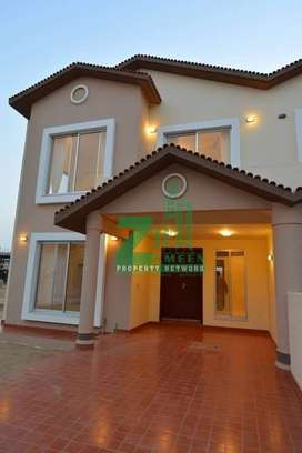 Precint 11b , Sale , 3 Bed Villa .