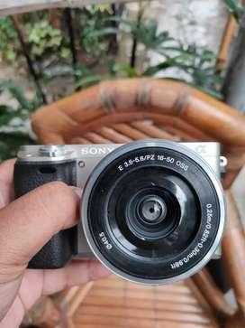 Sony a6000 silver kit 16-50mm fullset murah