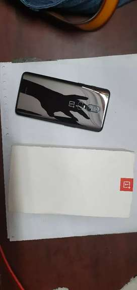 One plus 6- 8gb/128gb in scratchless condition