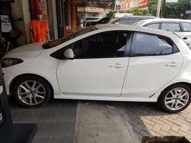 Mazda 2 2013 Bensin
