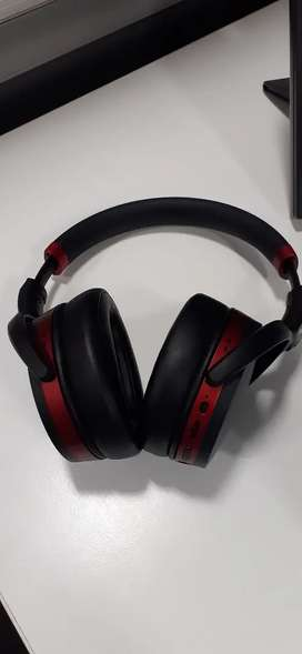 Barely used Sennheiser HD 4.50R wireless headphone original from US