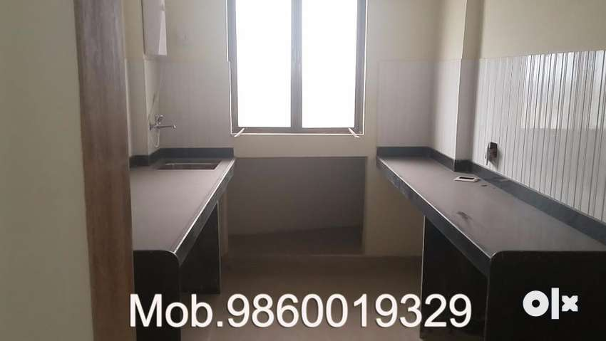 Very exclusive apartment on the 3rd floor out of 7 at Virar west 0