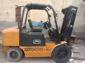 Forklift Godrej 2XL