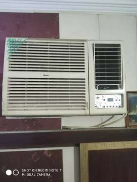 Haier 1.5 ton window AC with stabilizer in very good condition