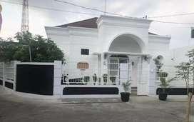 Rumah strategis di jl. Kusumanegara