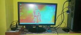 Full desktop in working condition