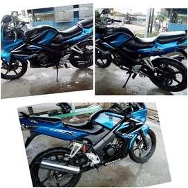 CBR 150 warna biru