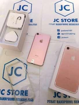 Iphone 7 32GB Full set Rose Gold Free Case hp