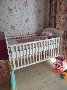 Ranjang bayi Katherine babybelle (preloved)