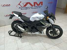 Ninja Z series 250 cc pmk tahun 2015 Anugerah Motor Rungkut Tengah