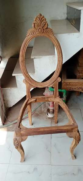 Dining chair good