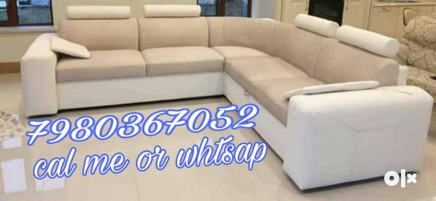Brand new 5 seater corner sofa set in white and cream color at best pr 0