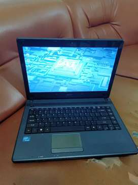 Laptop acer 14 in core i3