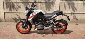 4 months old KTM DUKE 200 ABS.SINGLE OWNER.2000 kms .LOAN POSS