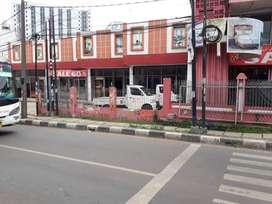 Ruko dijalan utama Lokasi stategis di ciputat Tangerang Selatan