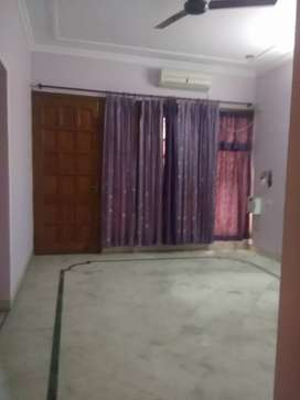 Society flat with lift 2 BHK flat for Bank/MNC lease