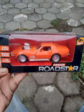 Die cast muscle car orange