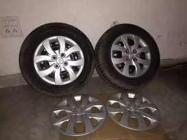 I20 elite tyres and wheel cover