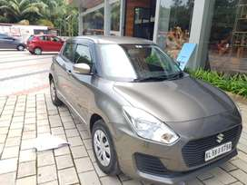 Maruti Suzuki Swift VXI AMT, 2018, Petrol