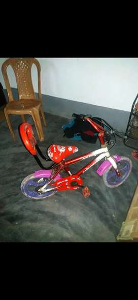 Kids cycle very good condition very good  to use