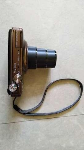 Nikon 16MP, 18x optical zoom, Contact:70026636eight4