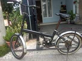 Sepeda lipat viva nexus