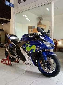 Yamaha R25 thn 2016 kondisi mulus,km 18rbu / Bali dharma motor