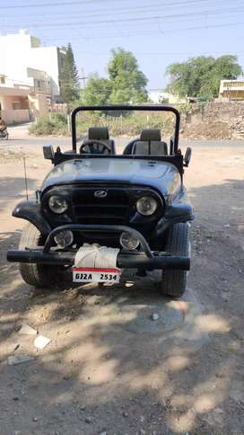 Mahindra Thar 4×4 with very good condition and complete document