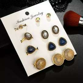 Earings with matching ring
