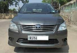 Toyota Innova 2.5 GX 8 STR, 2013, Diesel