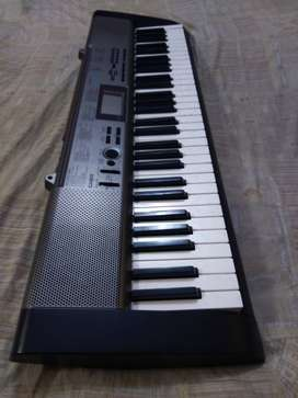 Casio CTK-1300 Keyboard With Adapter and carrying case