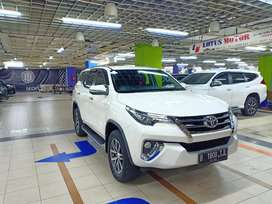 Toyota Fortuner VRZ 4x2 Automatic Triptonik 2016. Good condition