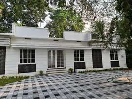 Rooms for gents furnished.good ambience,near infopark