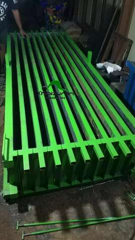 Sedia cetakan pagar panel barang terjamin aman