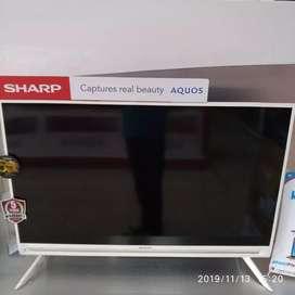 Tv sharp 40IN warna putih