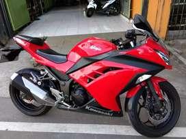 Ninja 250 merah berani banget gan siap bawa pulang