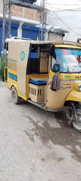 6 seater riksha for sale