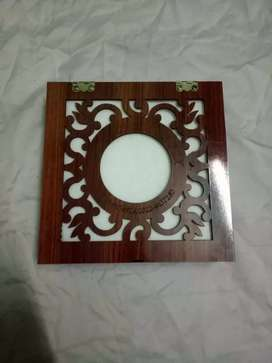 Wooden box for tissue