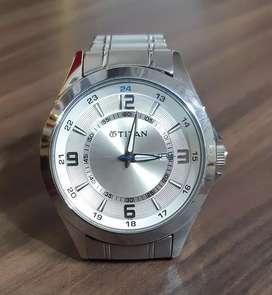 TItan silver strap watch good condition